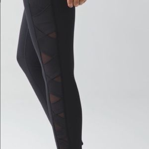 Lululemon Mesh Panel Leggins